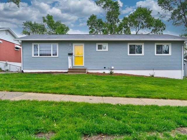 223 Alma NW, Cedar Rapids, IA 52405 (MLS #2103803) :: The Graf Home Selling Team
