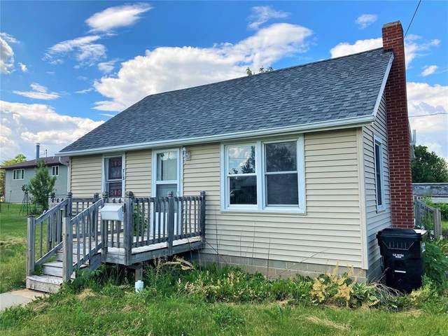 713 W 10th St, Vinton, IA 52349 (MLS #2103910) :: The Graf Home Selling Team