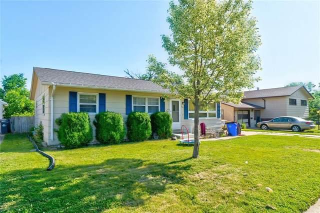 2806 Schultz Drive NW, Cedar Rapids, IA 52405 (MLS #2103931) :: The Graf Home Selling Team