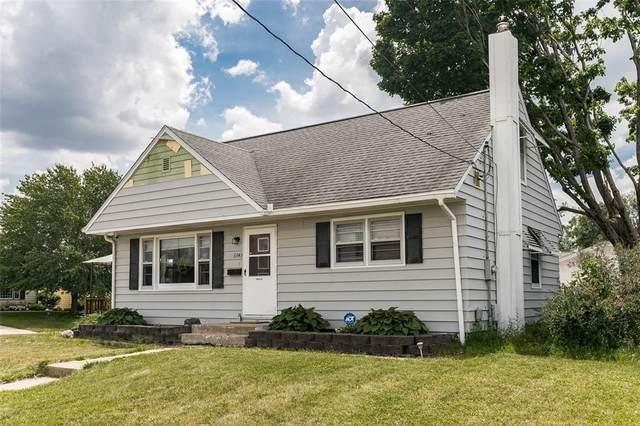 3343 Henderson Avenue SE, Cedar Rapids, IA 52403 (MLS #2104017) :: The Graf Home Selling Team
