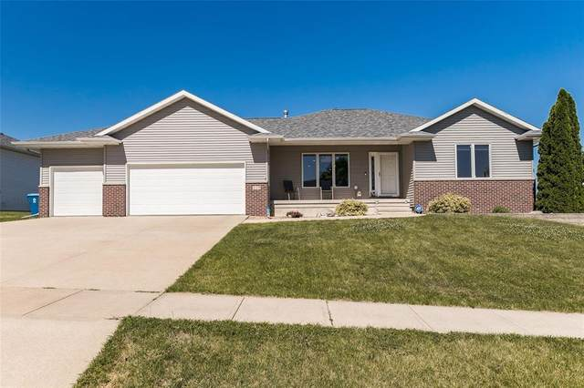 439 Sunset Drive, Fairfax, IA 52228 (MLS #2104065) :: The Graf Home Selling Team