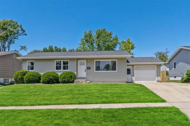 2940 23rd Avenue, Marion, IA 52302 (MLS #2104066) :: The Graf Home Selling Team