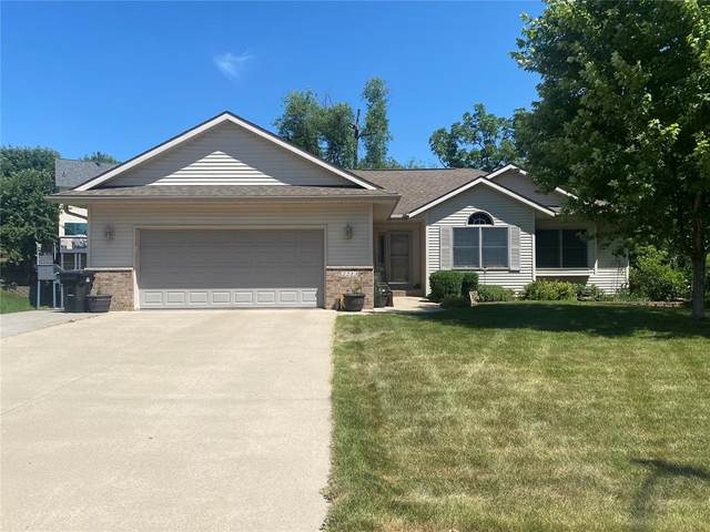 2213 Harvest Circle, Coralville, IA 52241 (MLS #2104114) :: The Graf Home Selling Team