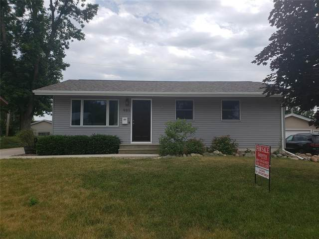 985 Hillview Drive, Marion, IA 52302 (MLS #2104165) :: Lepic Elite Home Team