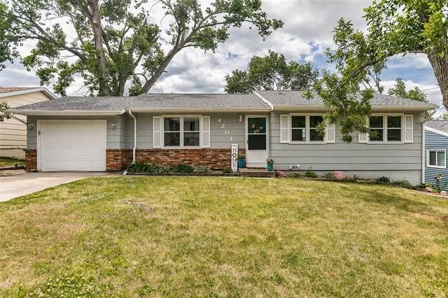 4201 Vine Avenue SE, Cedar Rapids, IA 52403 (MLS #2104191) :: The Graf Home Selling Team