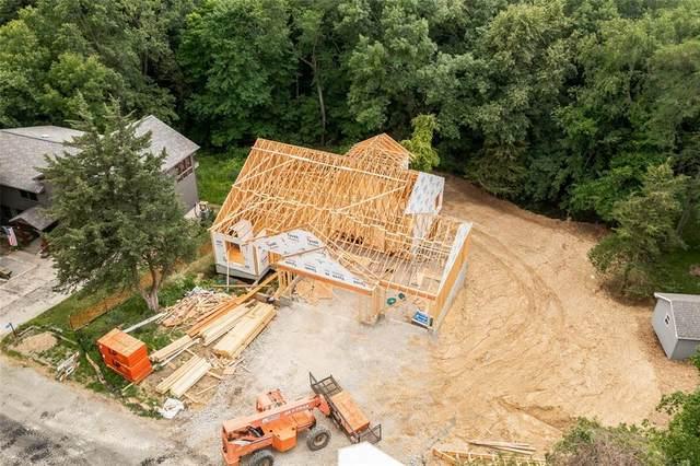 2747 Lake View Drive NE, Solon, IA 52333 (MLS #2104622) :: The Graf Home Selling Team