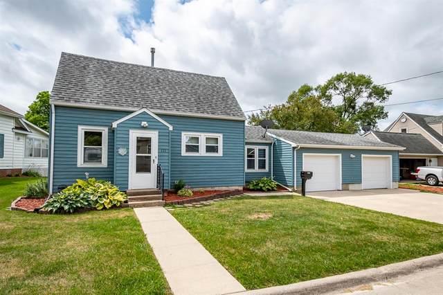 111 W Walnut Street, Anamosa, IA 52205 (MLS #2104672) :: The Graf Home Selling Team