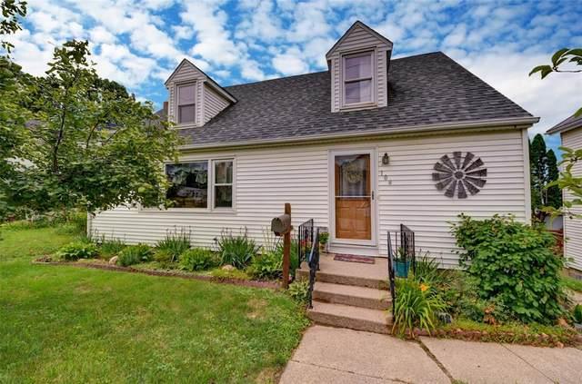 104 S Sales Street, Anamosa, IA 52205 (MLS #2104713) :: The Graf Home Selling Team
