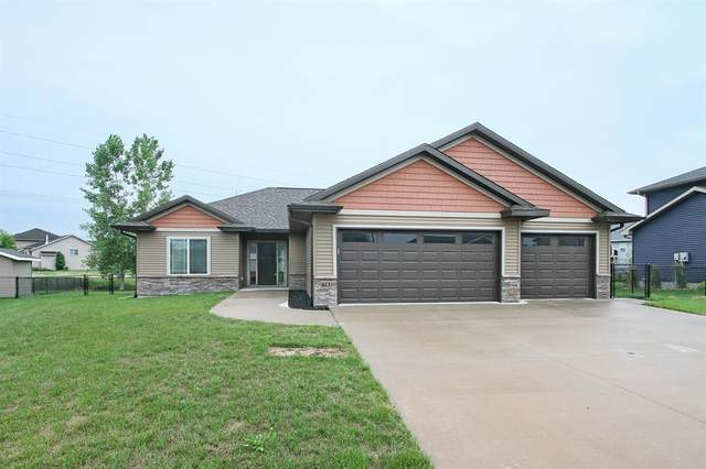 813 Marie St., Solon, IA 52333 (MLS #2104826) :: The Graf Home Selling Team