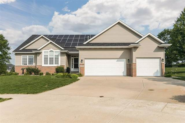 5070 Silver Oak Court, Marion, IA 52302 (MLS #2104906) :: The Graf Home Selling Team