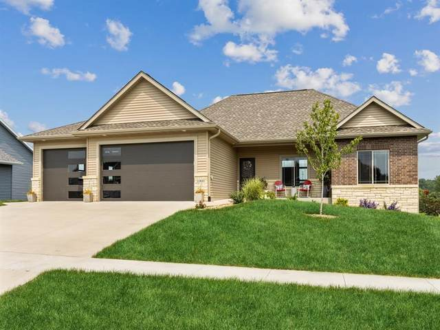 1960 Timber Wolf Dr, North Liberty, IA 52317 (MLS #2104952) :: Lepic Elite Home Team