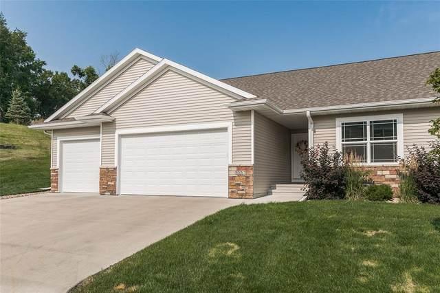 3537 Pioneer Avenue SE, Cedar Rapids, IA 52403 (MLS #2104985) :: The Graf Home Selling Team