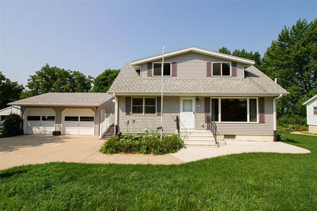 803 Valley Street, Center Point, IA 52213 (MLS #2105018) :: The Graf Home Selling Team