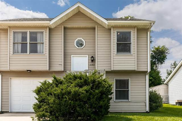 2342 10th Street, Coralville, IA 52241 (MLS #2105050) :: The Graf Home Selling Team