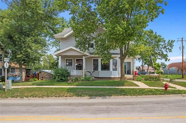 202 N Market Street, Solon, IA 52333 (MLS #2105066) :: The Graf Home Selling Team