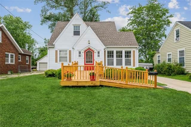 395 Memorial Dr, Cedar Rapids, IA 52403 (MLS #2105099) :: The Graf Home Selling Team