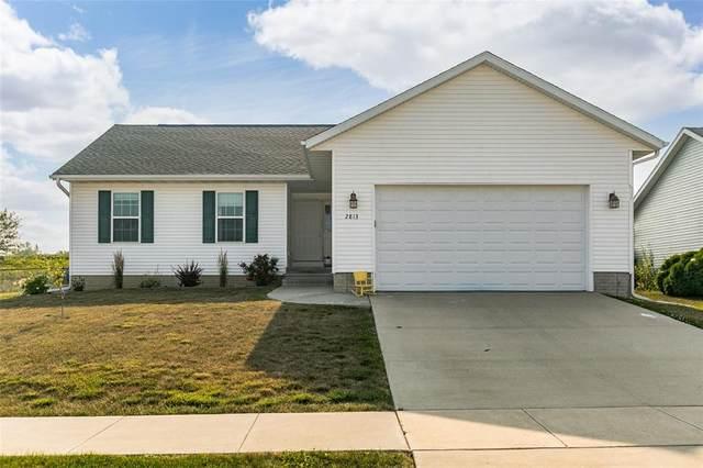2813 Bryant Boulevard SW, Cedar Rapids, IA 52404 (MLS #2105121) :: The Graf Home Selling Team