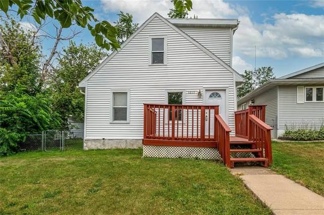 1337 21st Avenue SW, Cedar Rapids, IA 52404 (MLS #2105127) :: The Graf Home Selling Team