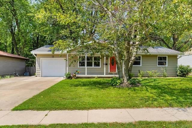 217 S Westminster Street, Iowa City, IA 52245 (MLS #2105128) :: The Graf Home Selling Team