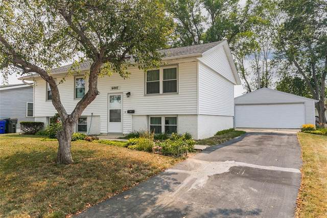 6007 Eastview Avenue SW, Cedar Rapids, IA 52404 (MLS #2105133) :: The Graf Home Selling Team