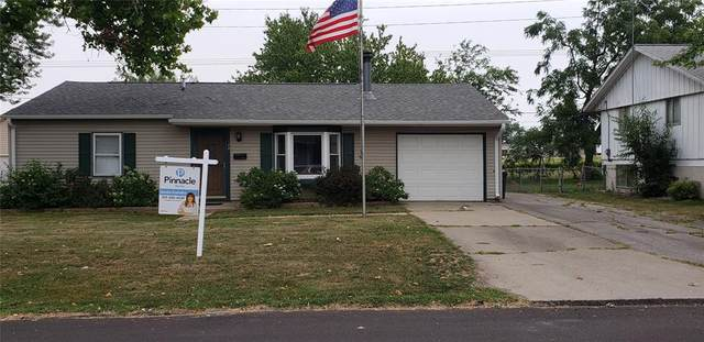 74 Devonwood Avenue SW, Cedar Rapids, IA 52404 (MLS #2105158) :: The Graf Home Selling Team
