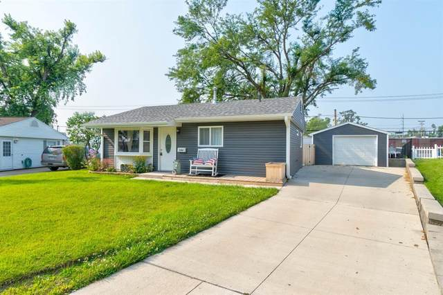 1707 14th Avenue SW, Cedar Rapids, IA 52404 (MLS #2105194) :: The Graf Home Selling Team