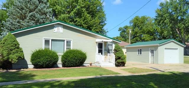 1109 3rd Avenue, Vinton, IA 52349 (MLS #2105211) :: The Graf Home Selling Team