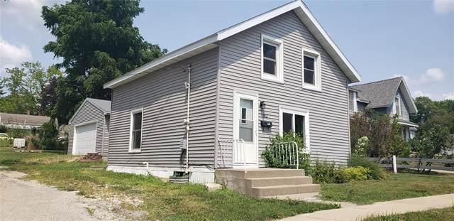 302 W Carroll Street, Anamosa, IA 52205 (MLS #2105315) :: The Graf Home Selling Team
