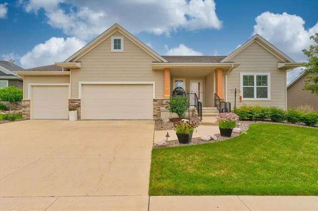 3509 Fitzroy Road, Hiawatha, IA 52233 (MLS #2105853) :: The Graf Home Selling Team