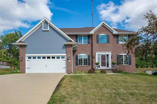 925 Rolling Creek Drive NE, Cedar Rapids, IA 52402 (MLS #2105865) :: The Graf Home Selling Team