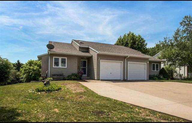 2242 11th Street, Coralville, IA 52241 (MLS #2106062) :: The Graf Home Selling Team