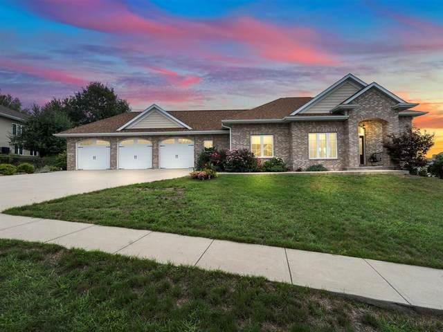 2867 Diamond Mil Lane, Coralville, IA 52241 (MLS #2106186) :: The Graf Home Selling Team