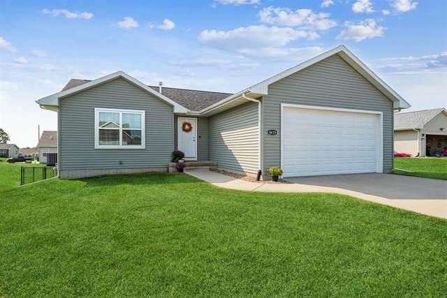 8615 Flatbush Court NE, Cedar Rapids, IA 52402 (MLS #2106317) :: The Graf Home Selling Team