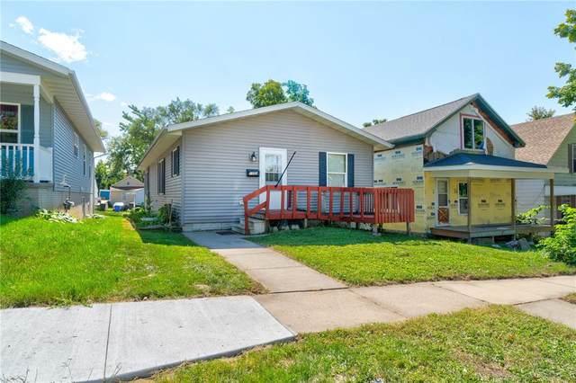 1053 10th Avenue SE, Cedar Rapids, IA 52401 (MLS #2106484) :: The Graf Home Selling Team