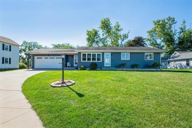3515 F Avenue NW, Cedar Rapids, IA 52405 (MLS #2106634) :: Lepic Elite Home Team