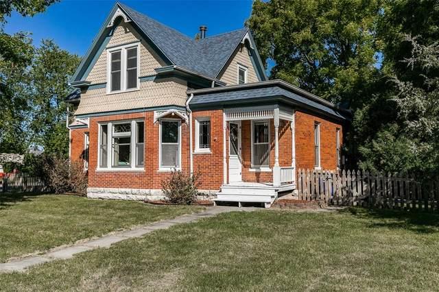 50 W Penn Street, North Liberty, IA 52317 (MLS #2106637) :: The Graf Home Selling Team