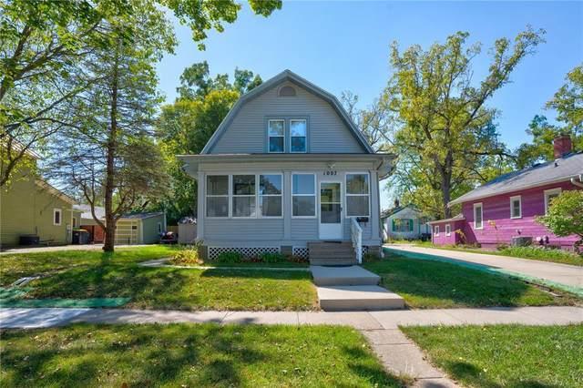 1007 Bloomington E, Iowa City, IA 52245 (MLS #2106642) :: Lepic Elite Home Team