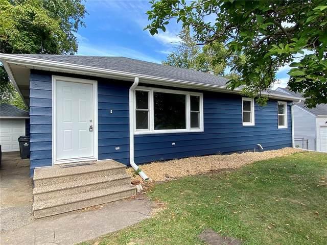 1298 29th NE, Cedar Rapids, IA 52402 (MLS #2106648) :: Lepic Elite Home Team