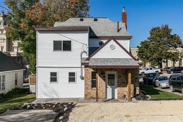 411 N High Street, Anamosa, IA 52205 (MLS #2106654) :: The Graf Home Selling Team