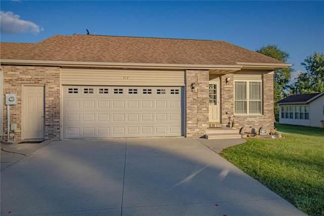 717 Dakota Street, Anamosa, IA 52205 (MLS #2106693) :: The Graf Home Selling Team