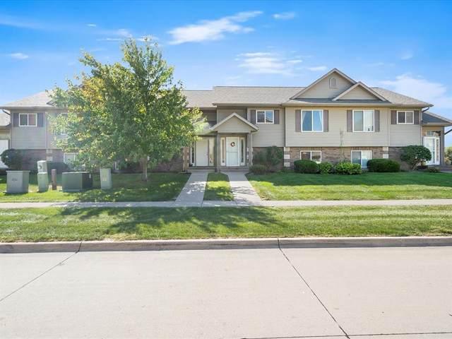 55 E Jefferson Street, North Liberty, IA 52317 (MLS #2106727) :: The Graf Home Selling Team