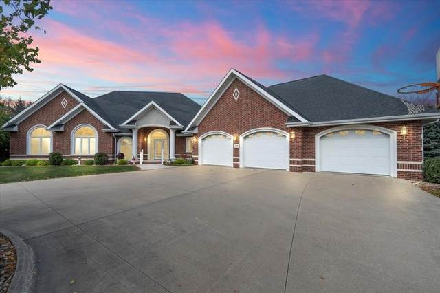 1035 Riverview Court, Monticello, IA 52310 (MLS #2106883) :: The Graf Home Selling Team