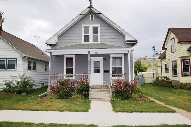 606 G Avenue NW, Cedar Rapids, IA 52405 (MLS #2106895) :: The Graf Home Selling Team