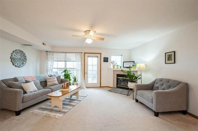 6715 Creekside Drive NE #8, Cedar Rapids, IA 52402 (MLS #2106919) :: The Graf Home Selling Team