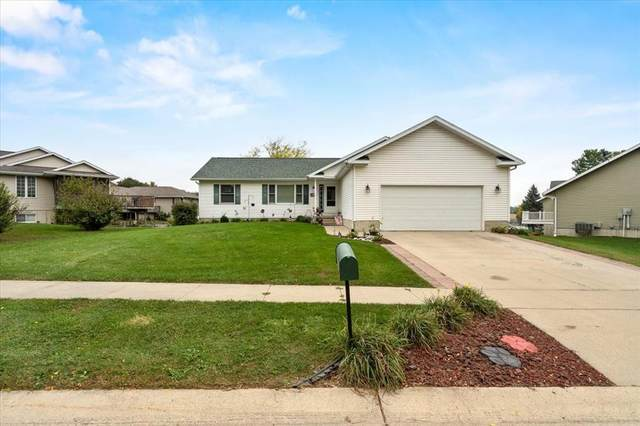 14 Red Maple Court, Central City, IA 52214 (MLS #2106927) :: The Graf Home Selling Team