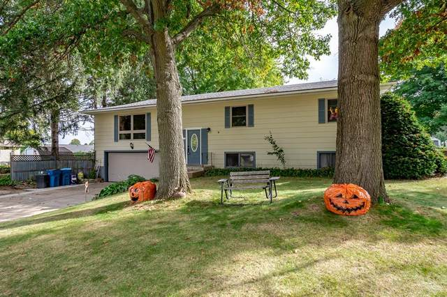 150 El Camino Real, Monticello, IA 52310 (MLS #2106946) :: The Graf Home Selling Team
