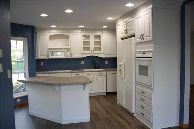 4131 Blue Jay Drive NE B, Cedar Rapids, IA 52402 (MLS #2107071) :: The Graf Home Selling Team