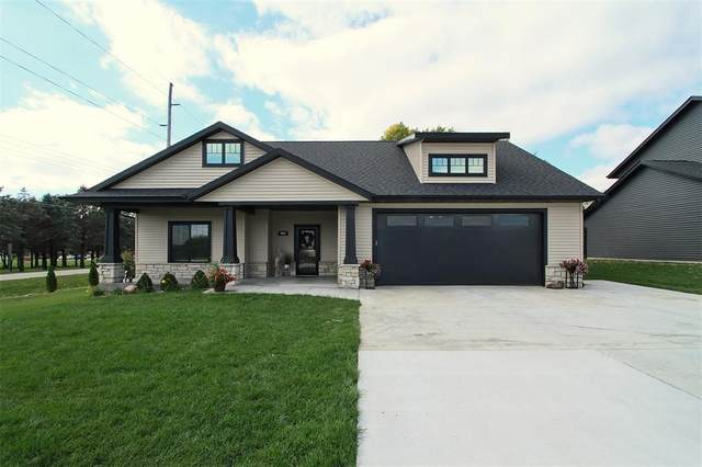 903 David Drive, Solon, IA 52333 (MLS #2107077) :: The Graf Home Selling Team