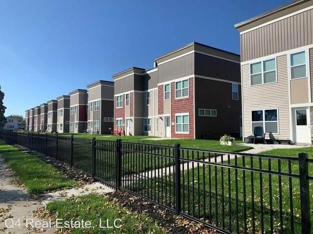 1606-1648 Ellis Boulevard NW, Cedar Rapids, IA 52405 (MLS #2107082) :: The Graf Home Selling Team