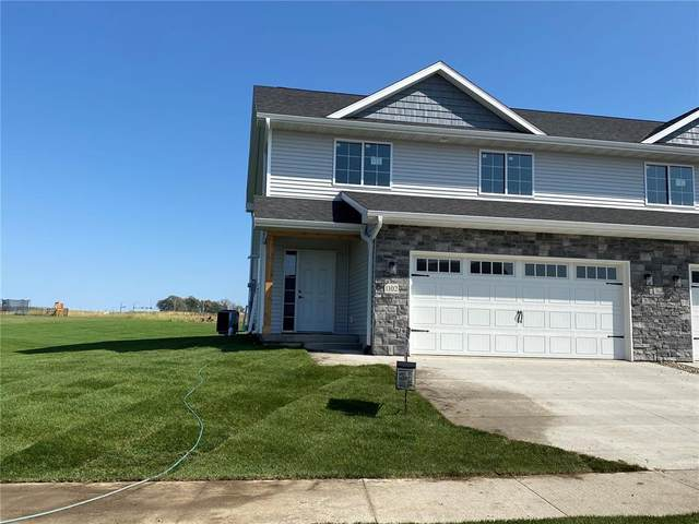1010 Creekside Drive, Tiffin, IA 52340 (MLS #2107113) :: The Graf Home Selling Team